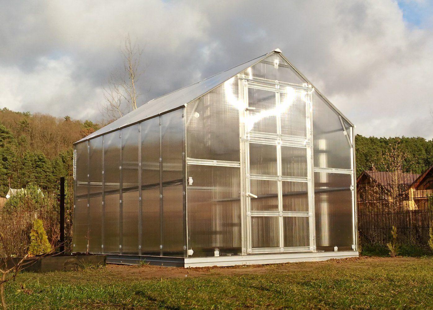 Gewächshaus 29 HKP 6 mm, Grundfläche 7,45 m²- Abmessungen: 317 x 235 cm (L x B)